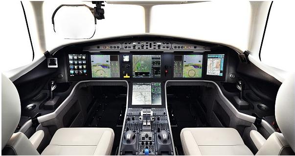 Falcon 5X - Cockpit EASy interacif nouvelle génération - DR © Dassault Aviation