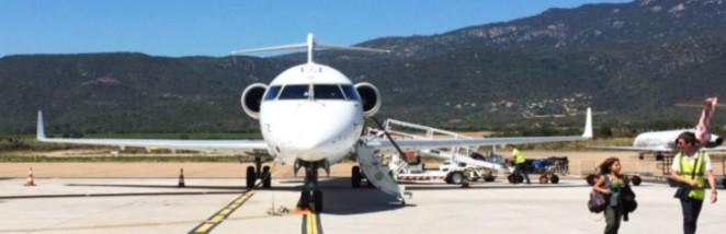 cropped-hop-crj-700-figari-jeune-caaf_aviation.jpg