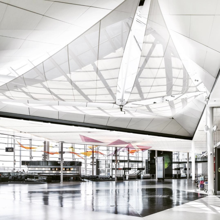 Compte officiel INSTAGRAM de l'Aéroport Montréal-Trudeau - https://www.instagram.com/mtltrudeau/