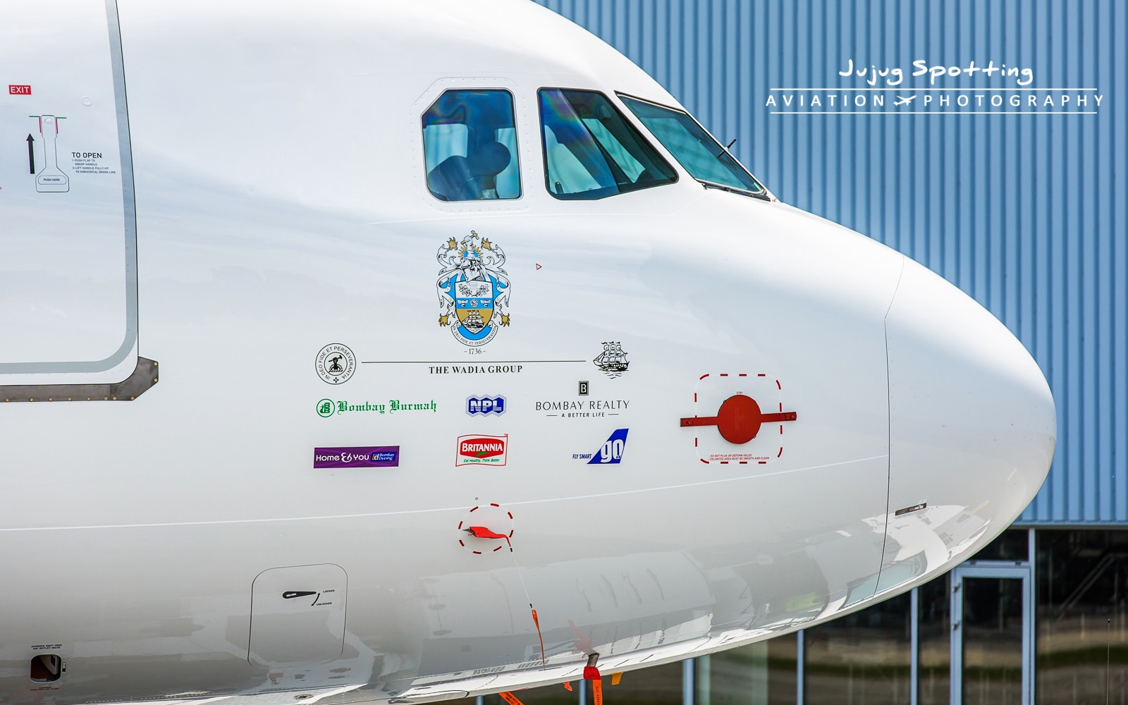 1st Airbus A320 NEO GoAir par ©Jujug Spotting– Tous droits réservés https://www.flickr.com/photos/jujug/with/27052918550/